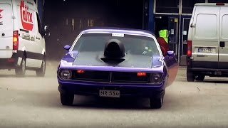 getlinkyoutube.com-Muscle cars and bikes leaving American car show 2015!