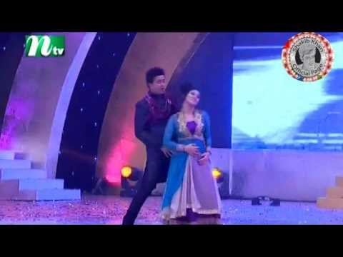 Shakib Khan &  Apu Biswas Ifad Film Club Award 2012 HD