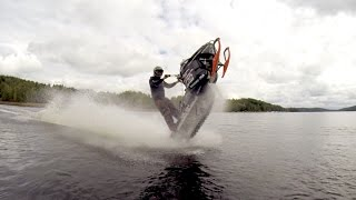 getlinkyoutube.com-Snowmobile wheelies on water