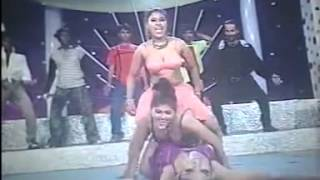 getlinkyoutube.com-Ruper Neshay dibo Vulaiya - Bangla Hot Gorom Moshola 3rd Grade Movie Song - By Chayon Shaah