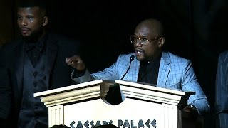Floyd Mayweather Jr. Accepts Fighter of the Year Award at Nevada Boxing Hall of Fame (Full Speech)