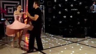getlinkyoutube.com-Escola de Dança Rodrigo de Oliveira - DIRTY DANCING Letícia & Adriano 2010.wmv