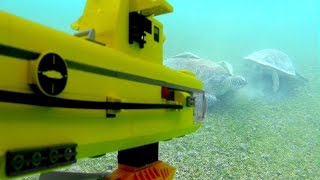 getlinkyoutube.com-Lego submarine under water. Searching for REAL sea turtles