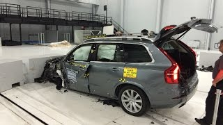 getlinkyoutube.com-2016 Volvo XC90 Small Overlap Crash Test at IIHS (Behind the Scenes)
