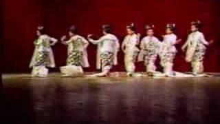 getlinkyoutube.com-Myanmar - Gi-Ta-Thwar-Yar-Ka-Han-Par-Dance