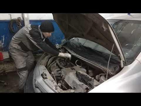 Где фильтр двигателя в Toyota Урбан Крузер