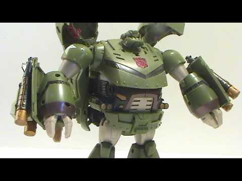 Video review of Transformers Animated; Leader Class Bulkhead