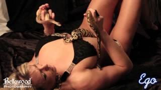 getlinkyoutube.com-Snake Shoot w Bellawood Photography