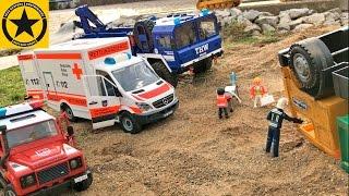 BRUDER TRUCKS Construction FAIL CRASH Recovery BRUDER AMBULANCE