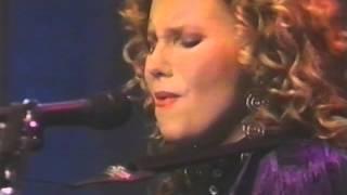 getlinkyoutube.com-Margaret Becker - Front Row