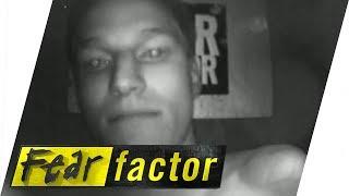 getlinkyoutube.com-Buried Alive in Sand | Fear Factor Extra