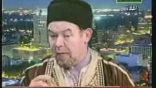 الشيخ الرافضي محمد  التيجاني يتحرك بأوامر لكن من من أنظر إلى الفديو ؟