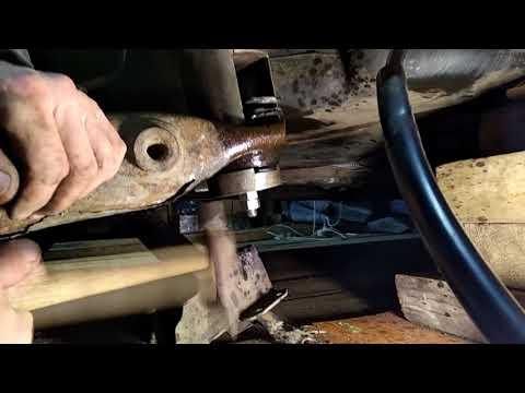 Замена сайлентблоков задней балки на Renault Laguna 2
