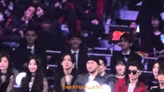 getlinkyoutube.com-【HD】[Fancam] 141203 MAMA Reaction BlockB BTS performances EXO focus