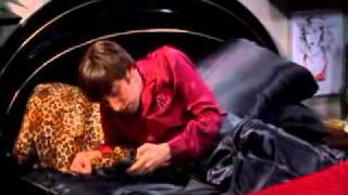 getlinkyoutube.com-The Big Bang Theory- Howard und seine Mutter (German)