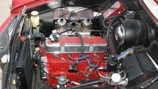 getlinkyoutube.com-1967 Volvo 122S Engine Start, Rev and Extras