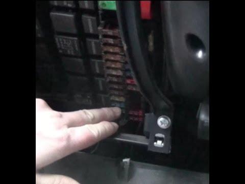 Замена предохранителя стеклоподъемника на ВАЗ - Lada Granta
