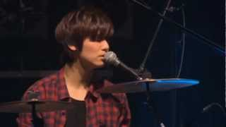 getlinkyoutube.com-CNBLUE Minhyuk - Teardrops in the rain  @LIVE MAGAZINE VOL.07
