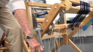 getlinkyoutube.com-How to Warp a Loom from Back to Front