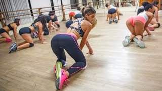 getlinkyoutube.com-TwerkOut! Lexy Panterra Teaches The World To Bounce Their Booties