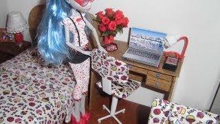 getlinkyoutube.com-Como fazer uma cadeira de escritório para boneca Monster High, Pullip, Barbie e etc