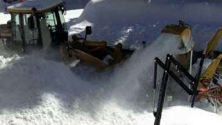 getlinkyoutube.com-Big Cat Snowblower Lake Tahoe HD