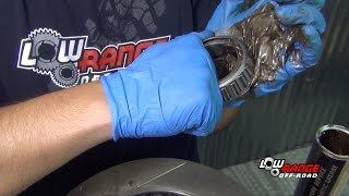 getlinkyoutube.com-How To Rebuild A Toyota 4X4 Solid Front Axle (Part 8) Hub, Rotor & Bearing Installation