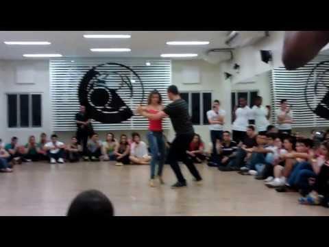 Aula de sertanejo Academia de dança Solum 14-07-2013 Prof Bruno e Eglantine