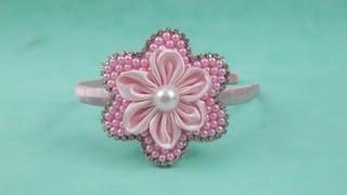 getlinkyoutube.com-Faça você mesma:Tiara com flor de pérolas e flor de cetim