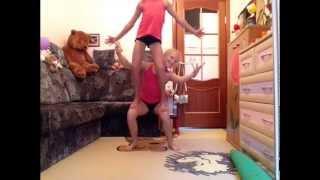 getlinkyoutube.com-спортивная акробатика мини треня дома 2