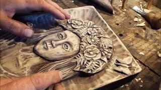 getlinkyoutube.com-Woodcarving.a picture is a woman person Панно, рельефная резьба по дереву. Женское лицо.