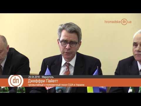 Жители Донбасса не хотят, чтобы ими управляли Захарченко и Плотницкий.