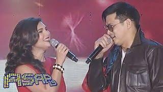 getlinkyoutube.com-Robin Padilla sings 'Miss Na Miss' with the cast of Bonifacio