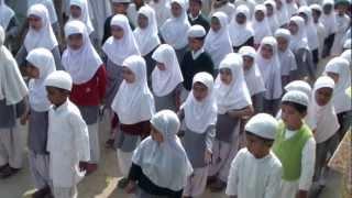 getlinkyoutube.com-Tarana-e-Rabia Memorial School, Fatehpur Mau (UP) India