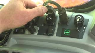 Valtra [N4 & T4 Versu] 05 Side panel controls part 07 Plugs and trailer hitch release lever
