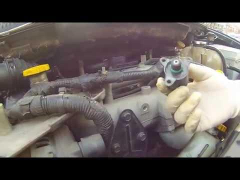 Где впускной коллектор у Dodge Гранд Караван