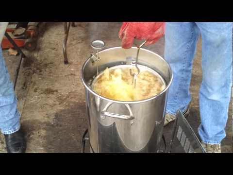 HowToInAFew: Frying a Thanksgiving or Holiday Turkey in Deep Fried Oil