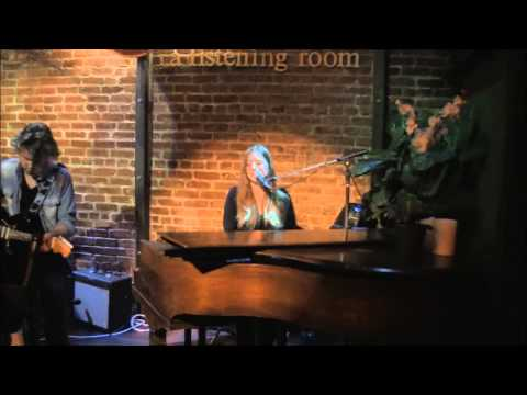 Paulina Cameron: Tin Man (Live at the WitZend)