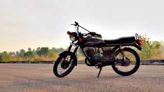 getlinkyoutube.com-KTM DUKE 200 Vs YAMAHA RX 135 [ OFFICIAL TEASER ]