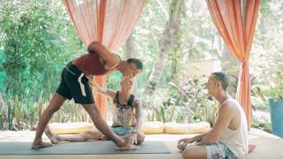 getlinkyoutube.com-Ashtanga Yoga and Forward Folding with Mark Darby