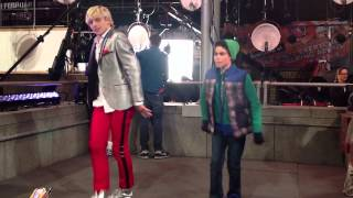 getlinkyoutube.com-Austin & Ally - Behind The Scenes of Austin & Jessie & Ally All Star New Year
