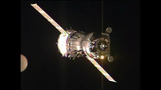 getlinkyoutube.com-Expedition 42/43 Crew Docks to the Space Station