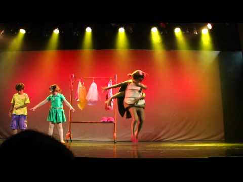 Galinha Pintadinha, o Musical  - Teatro das Artes - GALINHA PINTADINHA E A BARATA DIZ QUE TEM