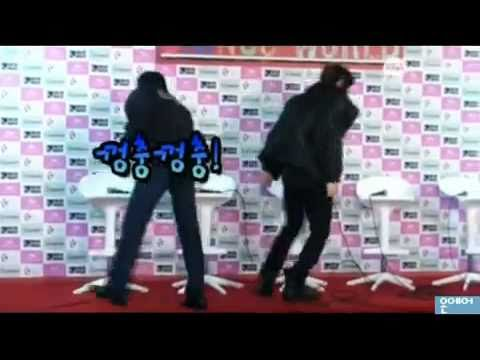 110102 SHINee Onew trips Onew condition @ SHINee 1st Concert in Seoul Press Conference