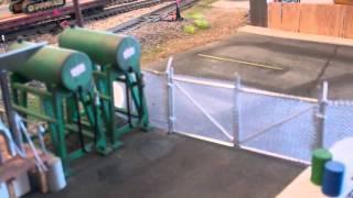 getlinkyoutube.com-walthers chain link fence 001.MP4