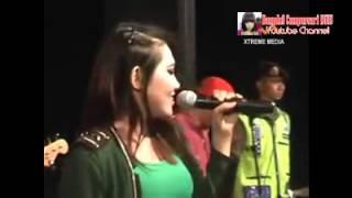 getlinkyoutube.com-Dangdut Hot Koplo SERA VIA VALLEN - TAKKAN LAGI Goyang Heboh Terbaru 2015