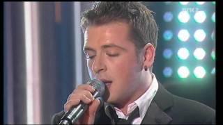 getlinkyoutube.com-Westlife and Secret Garden - You Raise Me Up (Nobel Peace Price Concert 2005) HD