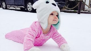 getlinkyoutube.com-Cute Babies Playing in the Snow First Time Compilation 2015 [NEW HD VIDEO]
