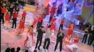 getlinkyoutube.com-Los chunguitos (La medalla) Nochevieja 2001