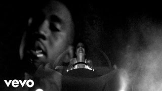 Kanye West - Paranoid ft. Mr Hudson